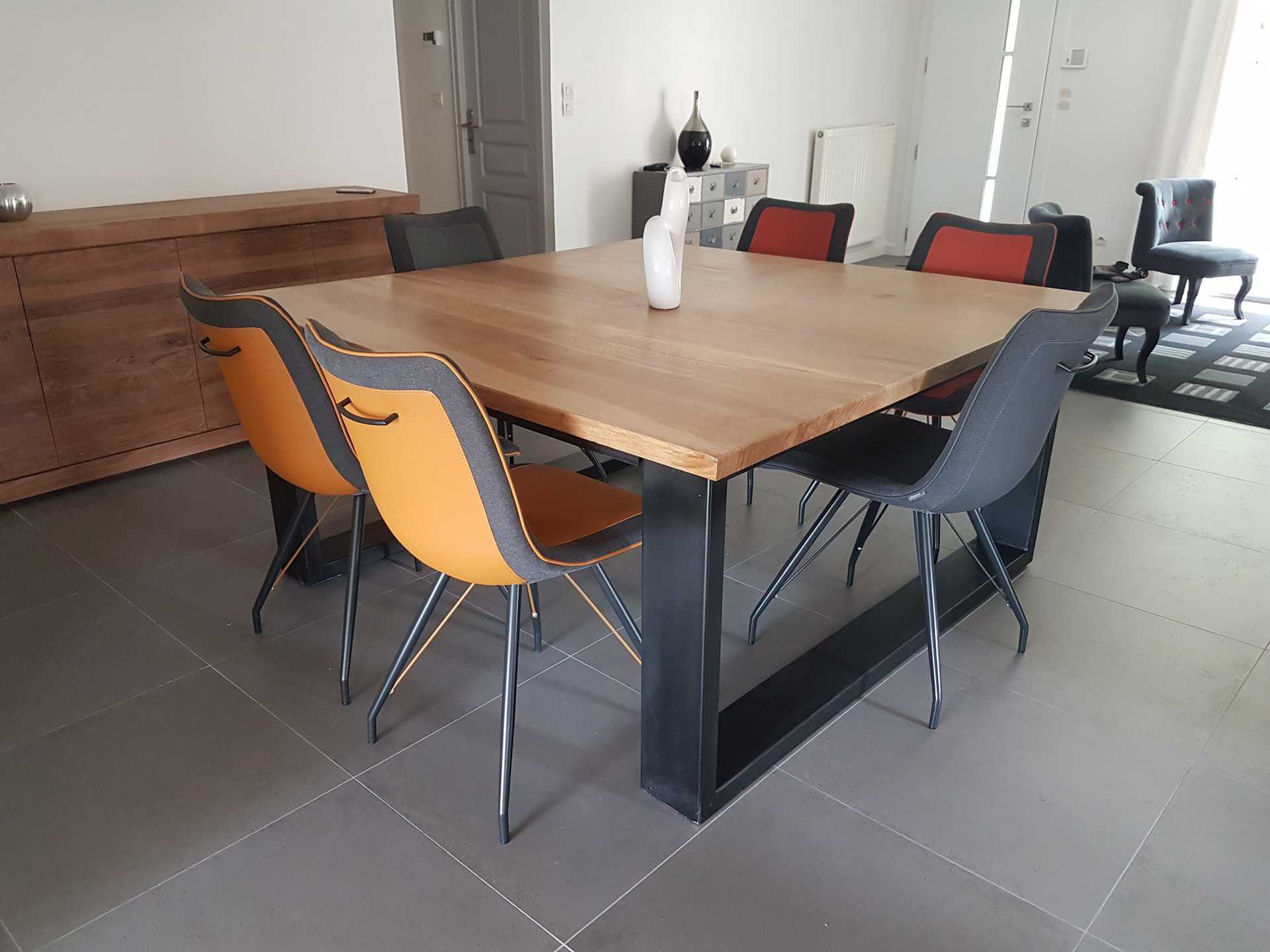 Table Salle A Manger Scandinave But Pearlfection Fr